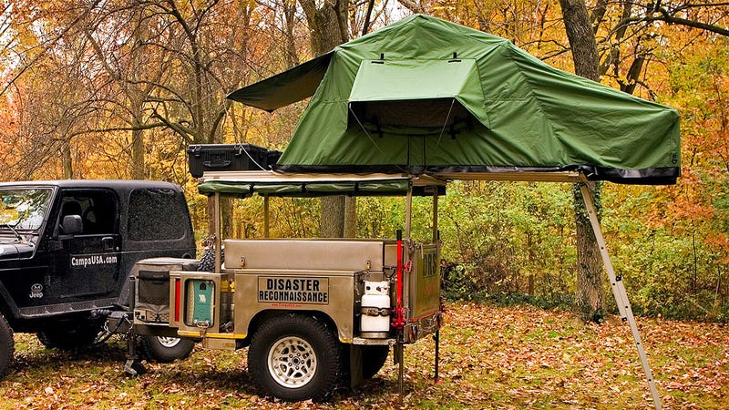 A Tiny Pop-up Trailer Hiding All Your Camping Needs