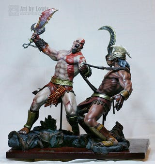 Illustration for article titled This Guy Makes A Mean Kratos Statue