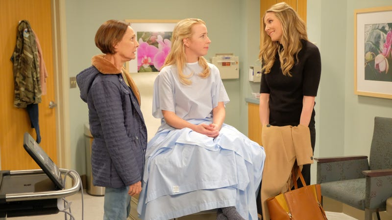 Laurie Metcalf, Lecy Goranson, and Sarah Chalke star in Roseanne