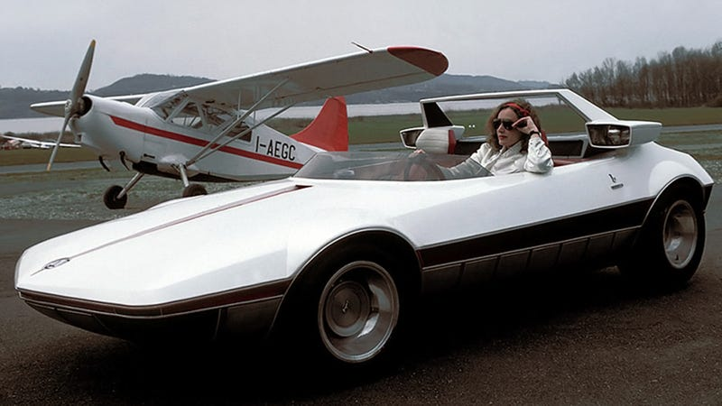 Illustration for article titled This Bertone Concept Was Turned Into The Fiat X 1/9