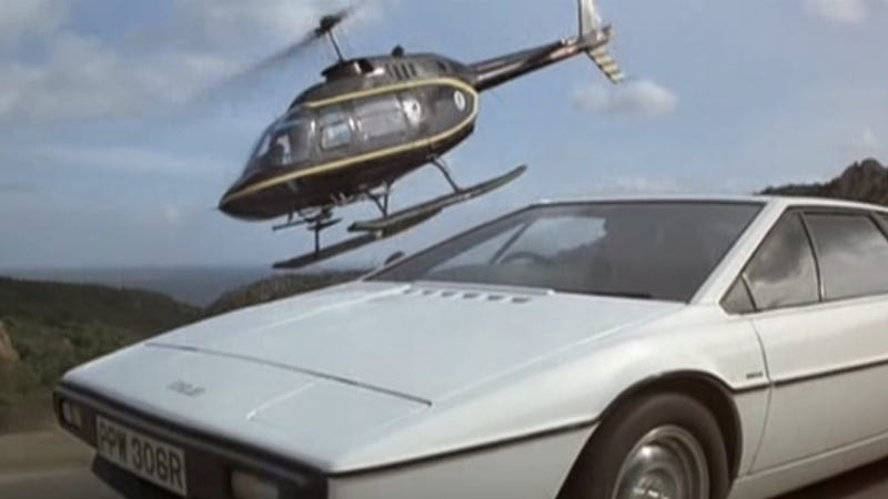 Illustration for article titled Why The Spy Who Loved Me Is The Greatest Car Movie Of All Time