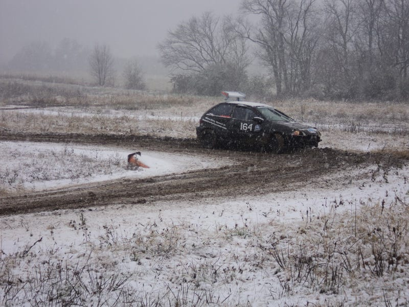 Illustration for article titled Rallycrossing in the snow is basically a mud bog with turns.