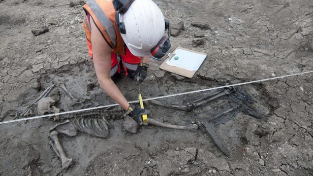 Medieval Skeleton Wearing Leather Thigh-High Boots Found in River Thames