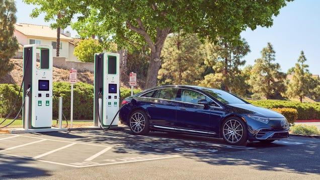 EVs Are Finally (Sort Of) Reckoning With The Eternal Charging Standard Problem