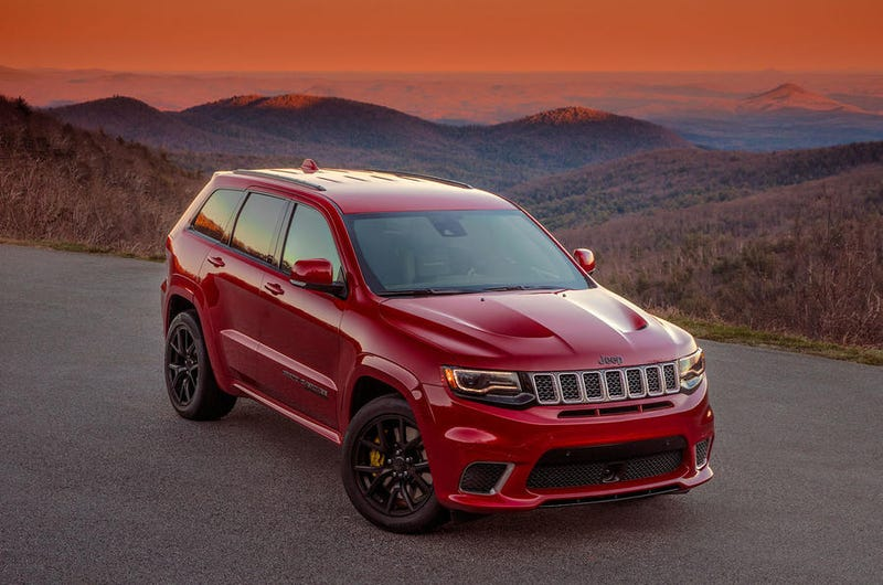 Illustration for article titled Split Your Lungs With Blood and Thunder, There's No Nerfing the Jeep Grand Cherokee Trackhawk