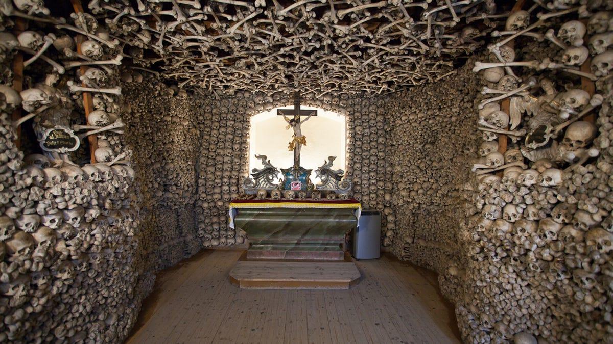 13 siniestros edificios construidos o decorados con huesos humanos