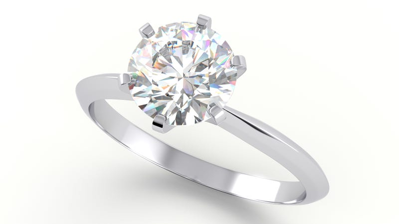 Illustration for article titled Costco sells $400,000 rings, apparently, and somebody actually bought one