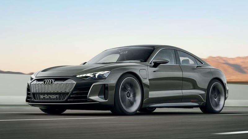 Photos; Audi