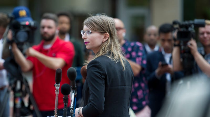 Illustration for article titled Chelsea Manning's Lawyers Again Ask For Her Release, Say She'll Never 'Betray Her Principles'