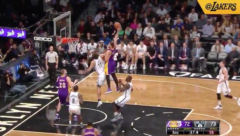 Screencap via @Lakers
