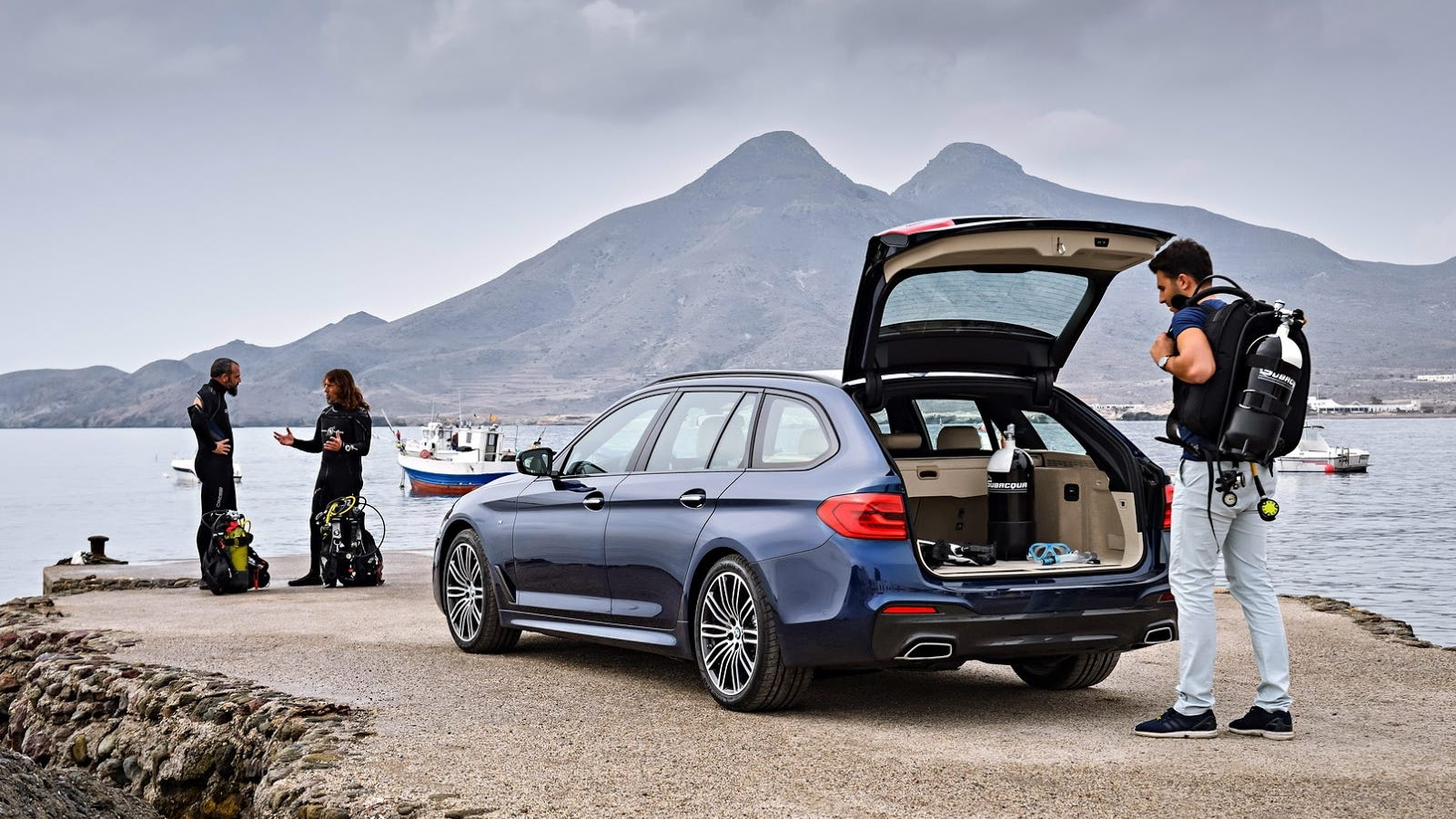 you can only buy the 2017 bmw 5 series wagon if you 39 re a european scuba diver sorry. Black Bedroom Furniture Sets. Home Design Ideas