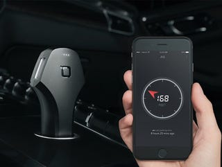 Illustration for article titled This Smart Car Charger Helps Find Where You Parked, Now 40% Off