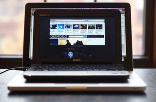 """Illustration for article titled Netbook Hackintosh 10.6.2 Fix Coming In """"A Few Weeks,"""" Fallen Netbooks Can Be Revived Now"""