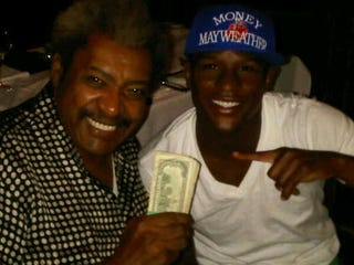 Illustration for article titled Floyd Mayweather + Don King + Las Vegas = Pictures of Cash Money