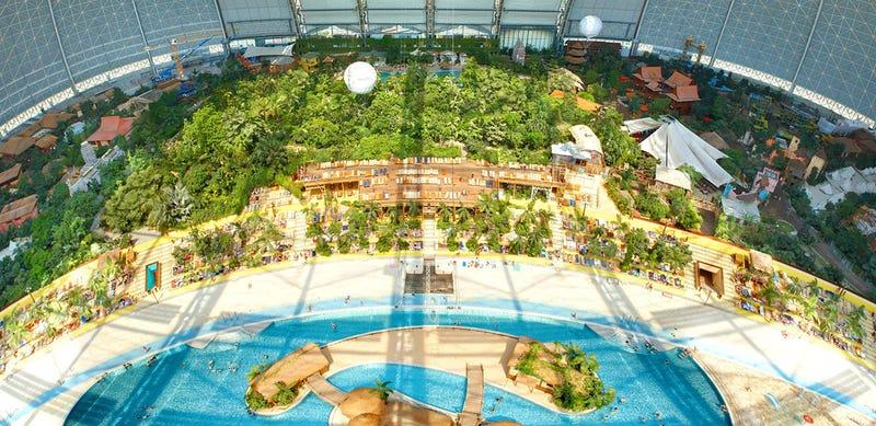 Illustration for article titled Explore a Water Park Built Inside a Huge German Airship Hangar