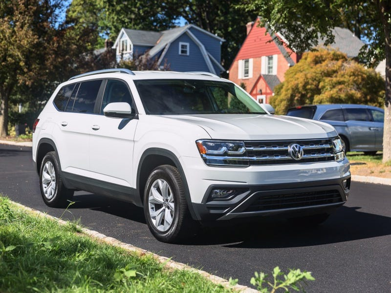 Illustration for article titled *sigh* VW's North American CEO says an Atlas coupe is coming