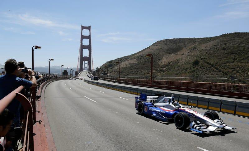 Illustration for article titled IndyCar Motorcade Across Golden Gate Bridge Honors Fallen Driver Justin Wilson