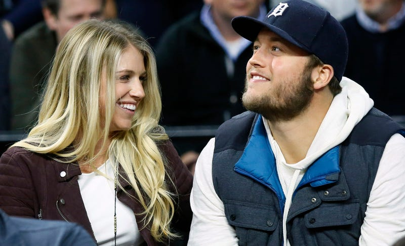 Illustration for article titled Matthew Stafford's Wife Kelly Announces She's Having Surgery For A Brain Tumor
