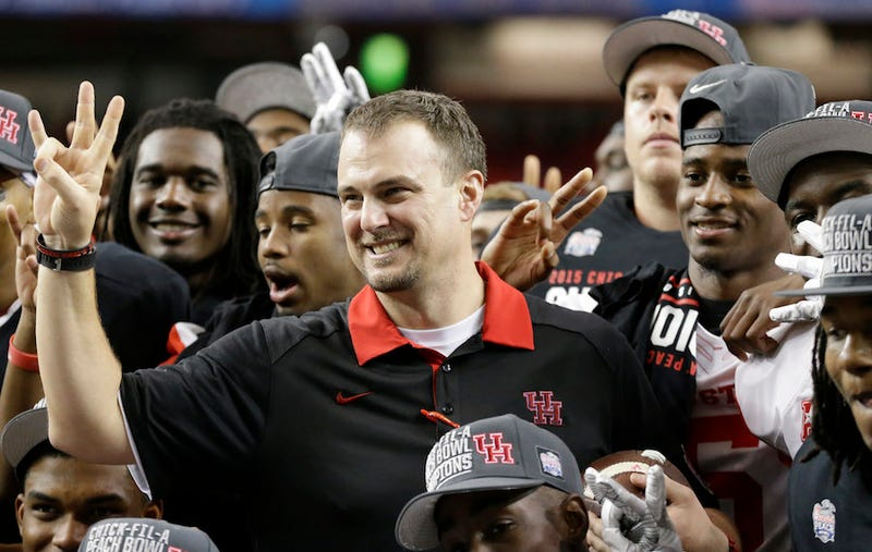 Illustration for article titled Houston Coach Tom Herman Yells On Radio Show Over Kyle Allen Report