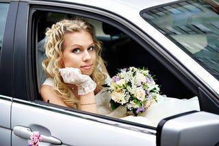Illustration for article titled SURVEY: Women Love Their Cars Longer Than Men