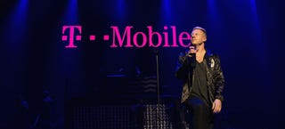 Illustration for article titled T-Mobile And Dish Considering Merger, Says WSJ