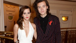 Illustration for article titled Crazed Teens Want to Force Emma Watson and Harry Styles To Date