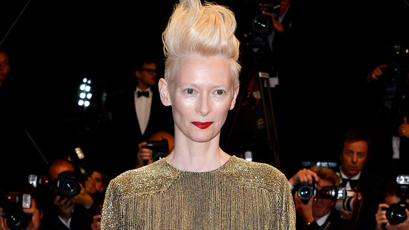 Illustration for article titled Tilda Swinton Will Neither Confirm Nor Deny She's David Bowie's Clone
