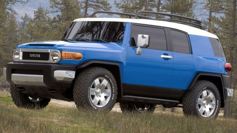 Illustration for article titled Two Little Pieces Of The Toyota FJ Cruiser Are Coming Back