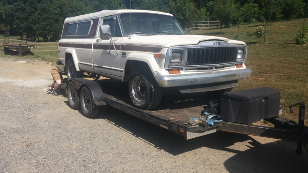There\'s No New Jeep Pickup Truck, So We\'re Just Gonna Rebuild An Old One