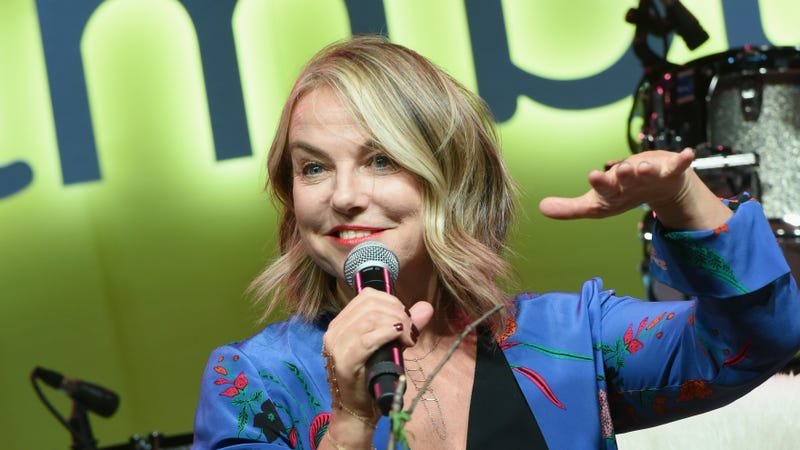 Illustration for article titled Marriage Wasn't Supposed to Be 'A Great Thing,' Says Esther Perel