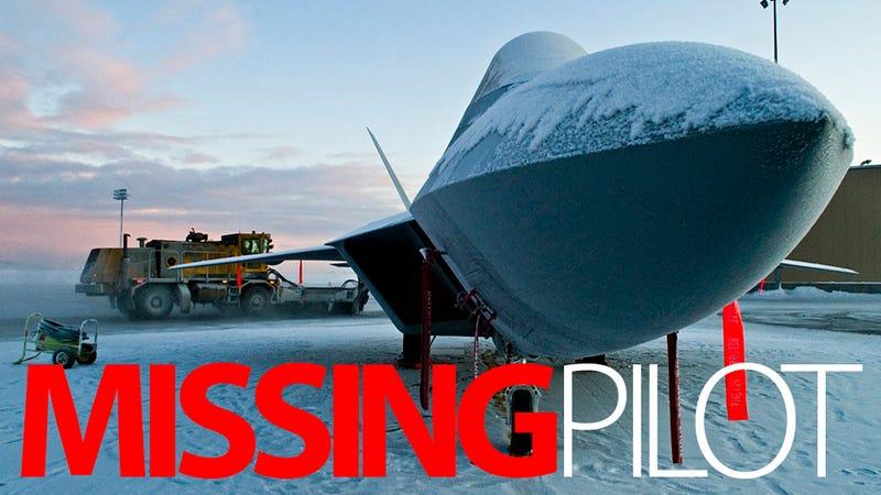Illustration for article titled Crashed F-22 Wreckage Found, No Sign of Pilot