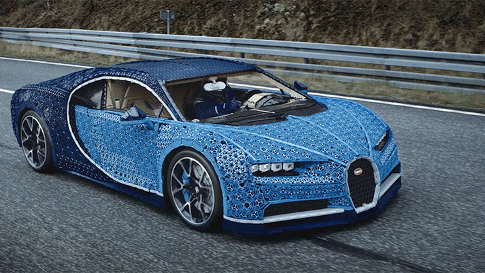 Marvel At This Drivable Bugatti Chiron Built From a Million Pieces of Lego Technic and 2,304 Electric Toy Motors