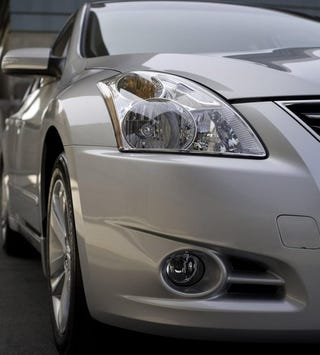 Illustration for article titled 2010 Nissan Altima More Like A Maxima