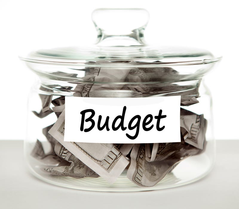Illustration for article titled TAY Time Chat: Budgeting