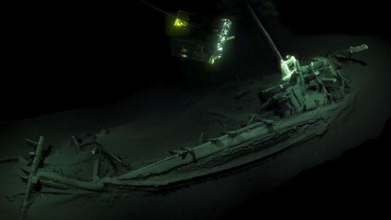 El antiguo barco mercante griego fue encontrado en el fondo del Mar Negro, cerca de Bulgaria.