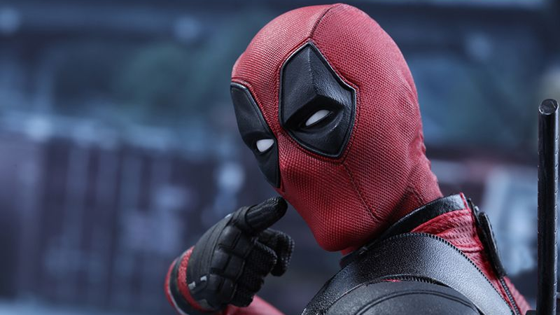 Illustration for article titled Hot Toys' New Deadpool Figure Comes With Some Appropriately Goofy Accessories