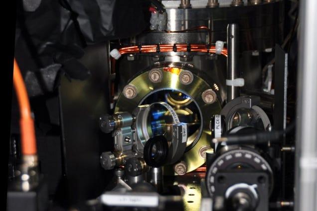 Ketterle's experimental setup (Image: MIT)