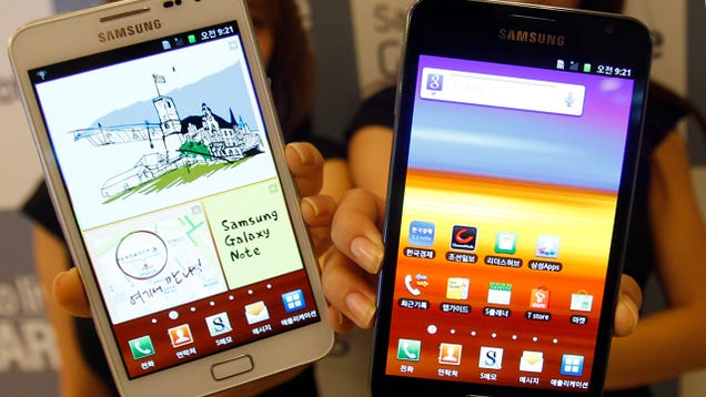 Samsung Galaxy 2 Spews Smoke and Sparks on Flight to Singapore [Updated]