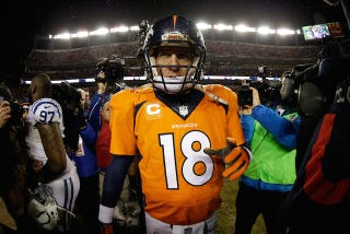 Illustration for article titled What Was Wrong With Peyton Manning?