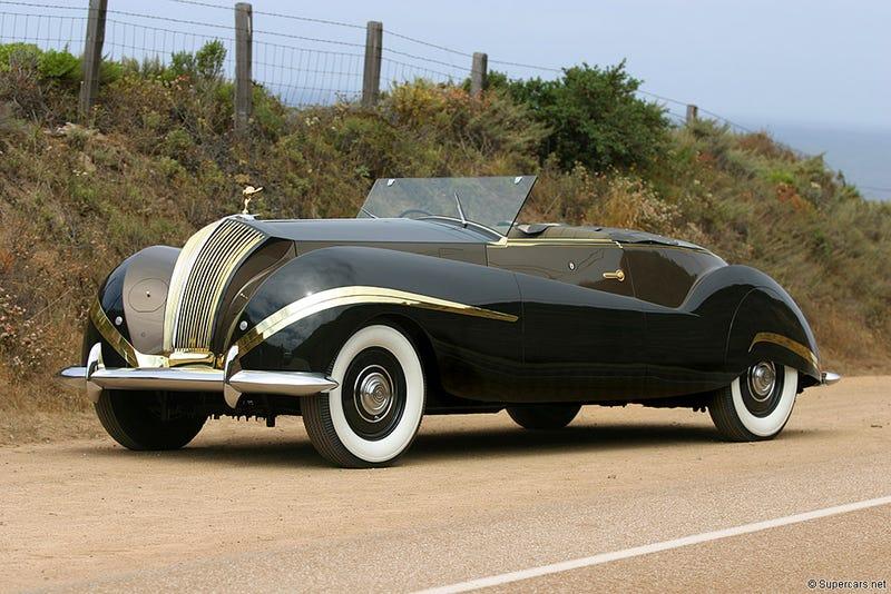 Illustration for article titled 1947 Rolls-Royce Phantom III LaBourdette Vutotal Cabriolet...