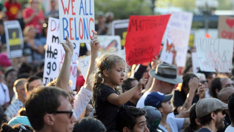 California Lawmakers Approve Sanctuary Bill