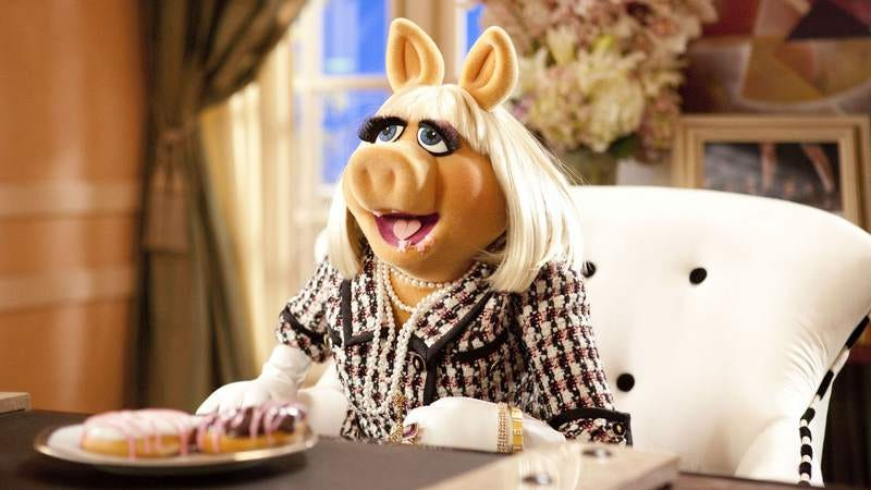 Miss Piggy to receive feminist award, which should end all debate on the subject