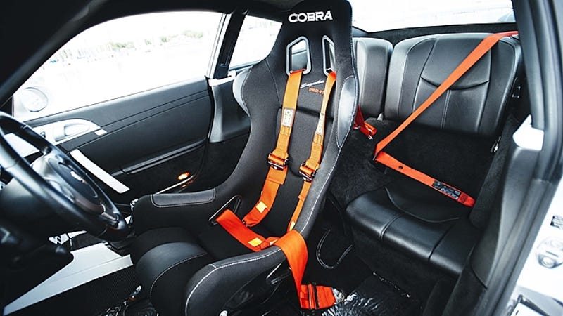 Mclaren F1 Seating Sit In The Center Of T...