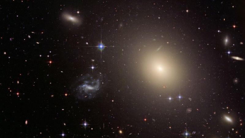 La teoría de la relatividad general de Einstein acaba de probarse con enorme éxito en una galaxia
