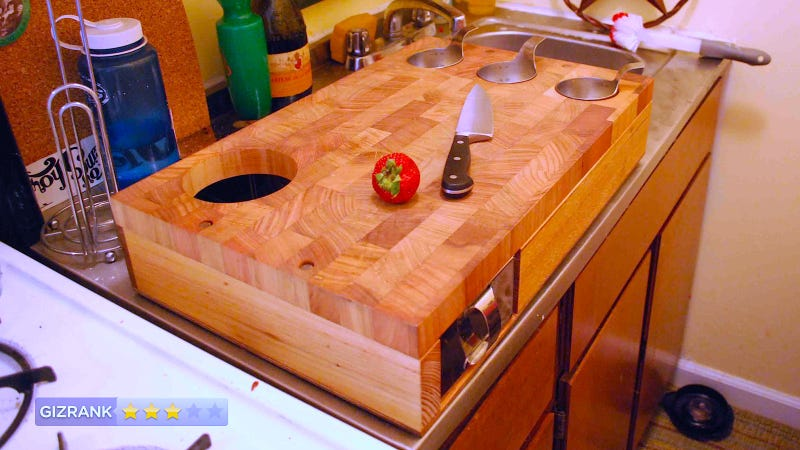Illustration for article titled Curtis Stone Workbench Cutting Board: Multifunctional, Yet Somehow Impractical
