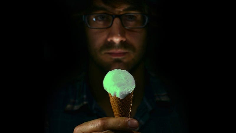 Illustration for article titled Why This Glow in the Dark Ice Cream Costs $225 a Scoop