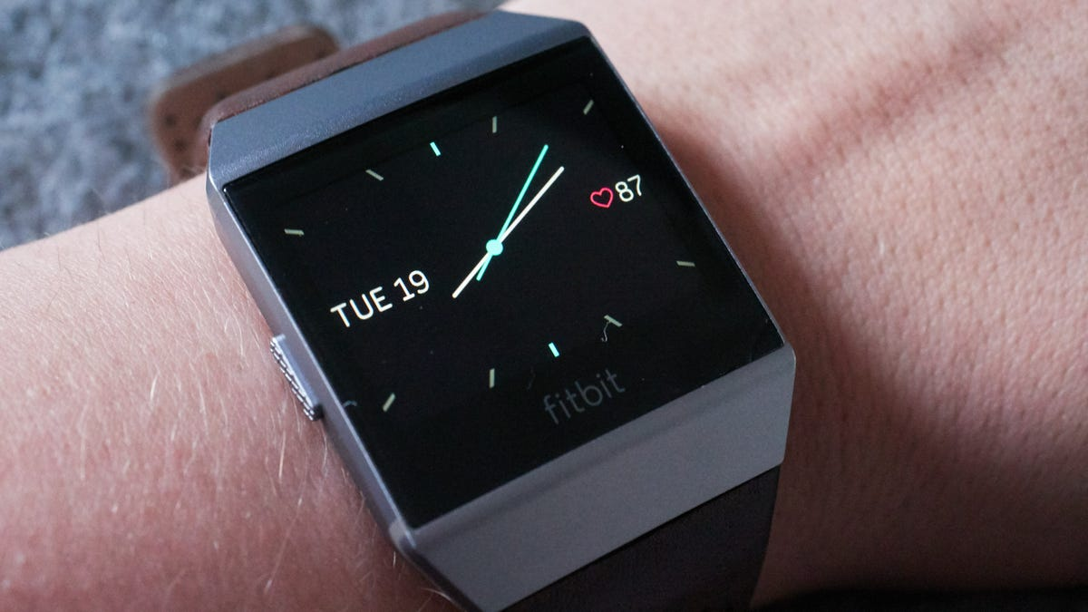 I Hate Almost Everything About Fitbit's New Watch—But There Is One