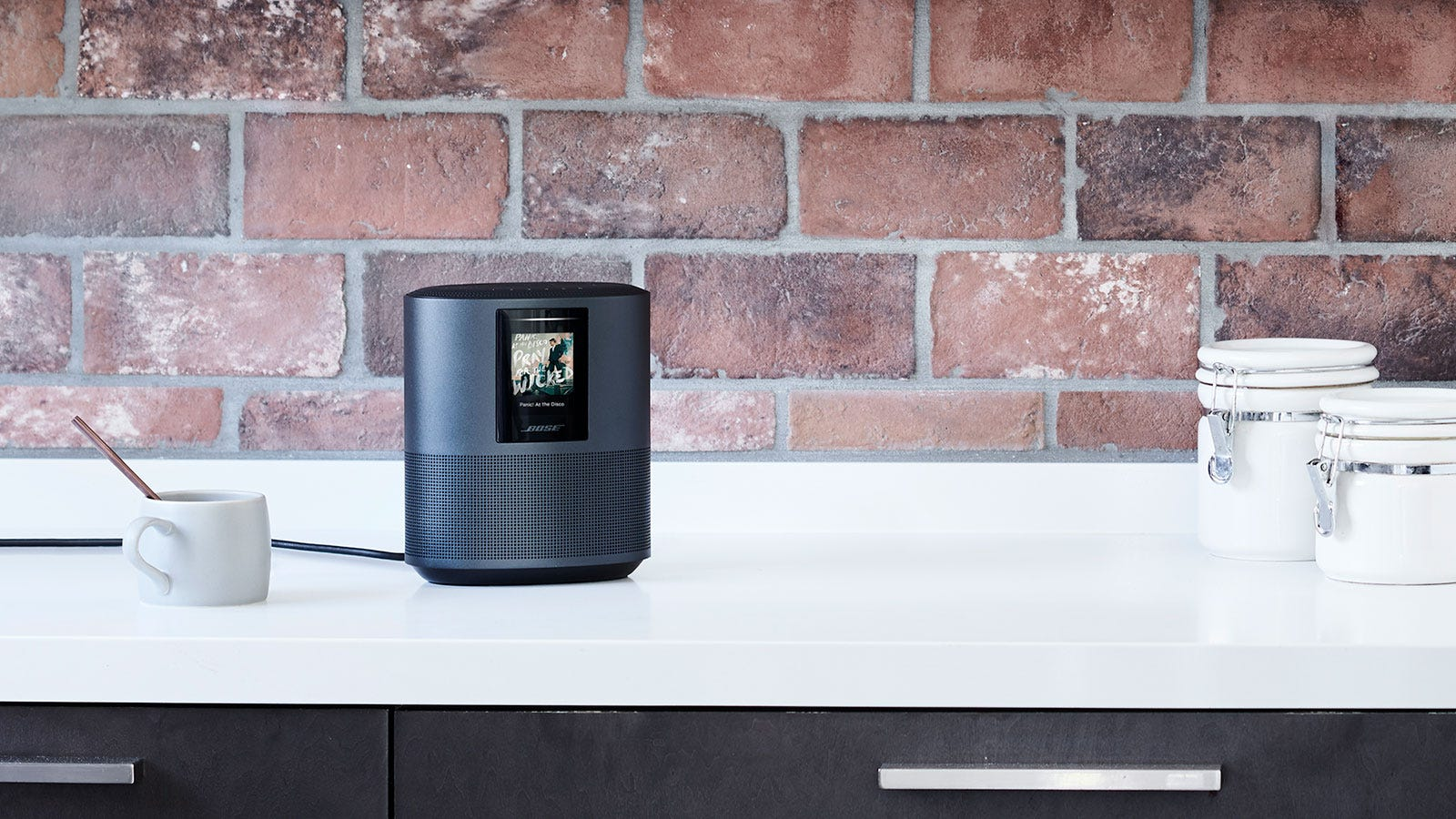 For $400, Bose's First Smart Speaker Better Sound Amazing