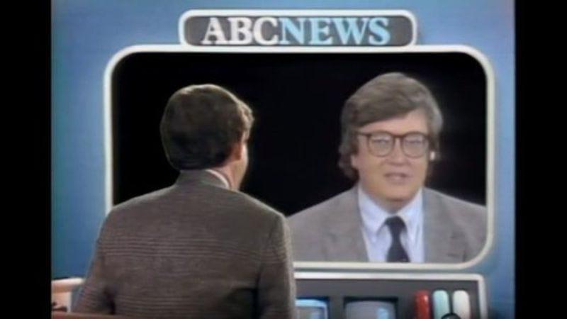 Illustration for article titled 1983's main event: Siskel & Ebert vs. John Simon in a Star Wars grudge match