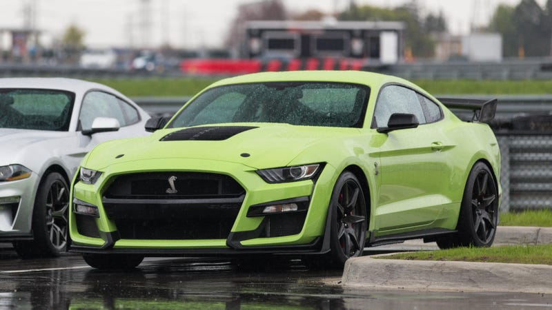 The 2020 Ford Mustang Shelby GT500 Has an Earth-Shattering 760 HP